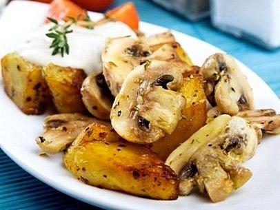 Картошка с шампиньонами в мультиварке рецепт с фото